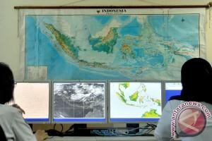 Tanggapan BMKG soal kabar suhu Indonesia capai 40°C saat equinox
