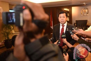 Ketua DPR sarankan Pilkada bercalon tunggal ditunda