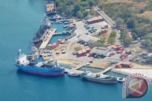 Pelabuhan Badas Sumbawa
