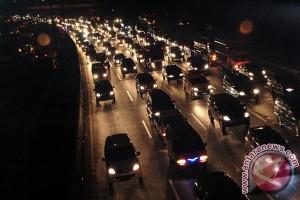 72.600 kendaraan lintasi tol Jakarta-Cikampek