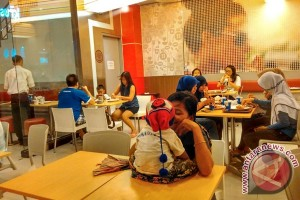 Restoran di Jakarta penunggak pajak akan dipasangi label khusus
