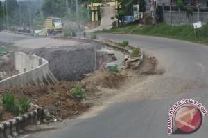 Ruas Transkalimantan di Sampit terendam banjir