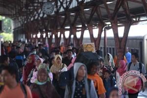 KAI angkut 211.571 penumpang Natal-Tahun Baru 2017