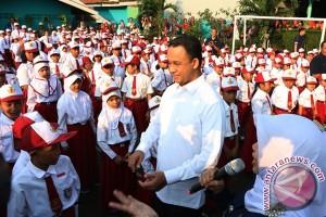 Mendikbud sidak hari pertama sekolah di Bogor