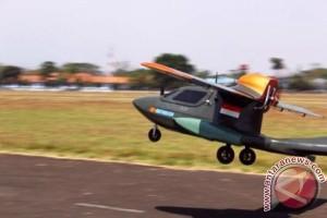 Pesawat OS-Wifanusa mengangkasa di Lanud Sulaiman Bandung
