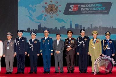 Pembukaan Konferensi ASENAPOL ke-35