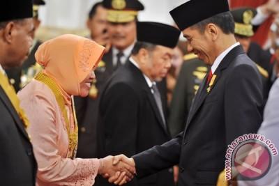 Risma ajak warga Surabaya lawan kecurangan pilkada