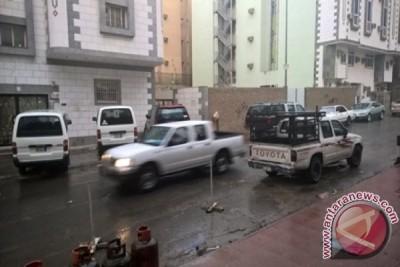 HAJI - Kota Mekkah diguyur hujan Minggu sore