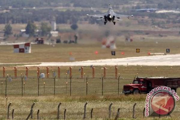 Turki, Saudi bisa kirim tentara ke Suriah perangi ISIS