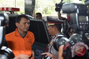 Kejaksaan tunda pemeriksaan Gatot dalam kasus bansos