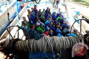 TNI AL tangkap dua kapal Malaysia