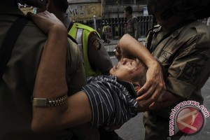 Polisi tambah personel untuk amankan Kampung Pulo