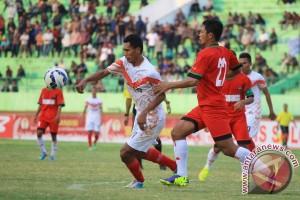 Persis kalahkan Persiba 3-0 di Piala Kemerdekaan