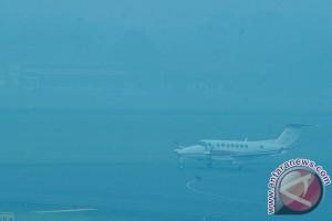 Meski penerbangan dibatalkan petugas Tjilik Riwut siaga
