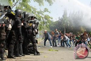 Kerusuhan di Lampung  Utara, 25 rumah hangus dibakar