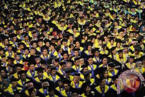 Posco serahkan beasiswa pada mahasiswa Indonesia