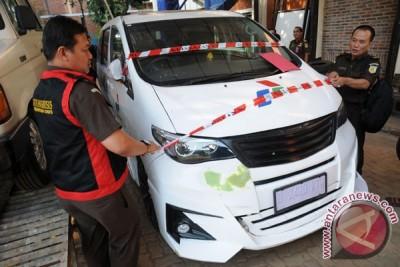 Penyitaan Mobil Listrik Di Kampus UI