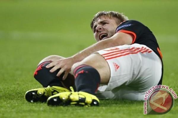 Setelah disentil Mourinho, Shaw bersumpah akan mati-matian masuk tim inti