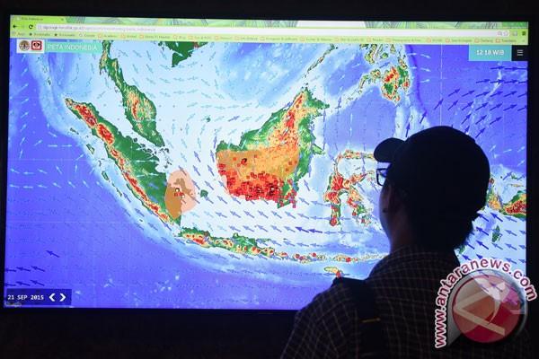 Satellites detect 15 hotspots in West Sumatra