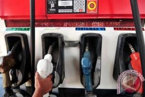 Harga Pertamax, Pertalite, Dexlite naik Rp150 per liter