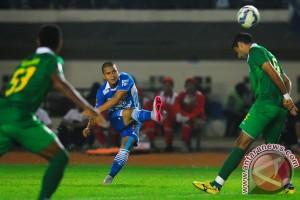 Persib lolos ke babak kedua Piala Presiden