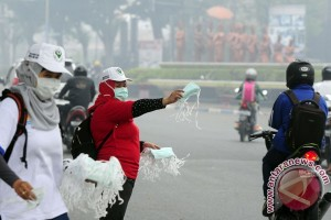 Polisi sebar 10.000 masker ke nelayan Riau