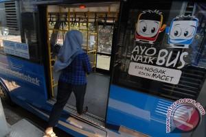 Hasil uji coba HOV Lane Jakarta-Cikampek dievaluasi
