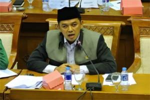 Anggota DPR ajak masyarakat aktif lawan hoax