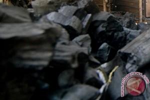 Indonesia ekspor arang kayu ke Arab Saudi