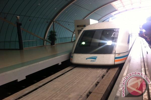 Melesat bersama kereta Maglev - ANTARA News