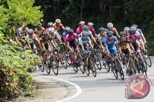 Pebalap Korea juarai etape pertama Tour de Banyuwangi
