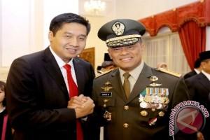 Maruarar Sirait apresiasi TNI dipercaya publik