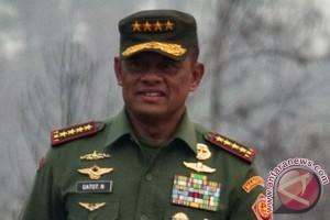 Panglima TNI ajak Bupati di Papua tonton ISC