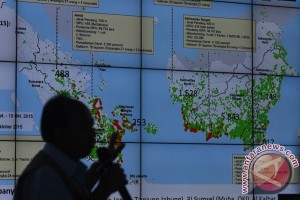 BMKG deteksi delapan titik api di Riau