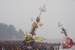 Ribuan wisatawan saksikan pesta pesona Hoyak Tabuik