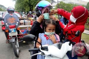 TKI Hong Kong bantu masker
