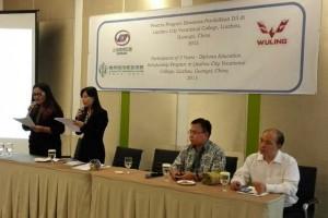 SGMW Indonesia berangkatkan 60 peraih beasiswa ke Tiongkok