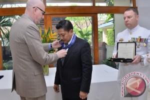 Dr Marsetio terima bintang penghargaan dari Australia