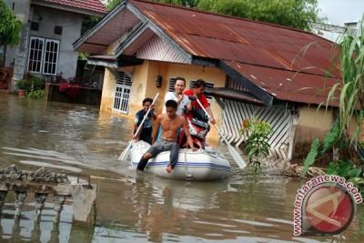 Dua hari hujan, Sumbar dilanda banjir