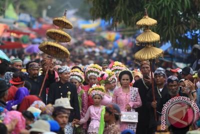 Perayaan Adat Ngarot