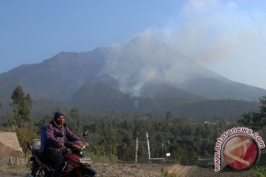 "Monumen erupsi Merapi jalur wajib ""Volcano Tour"""