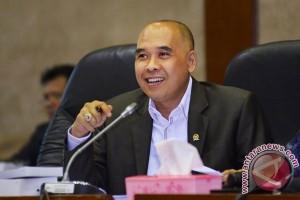 Anggota DPR : Holding BUMN perbankan ditelaah cermat