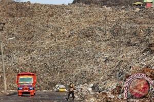 Tumpukan sampah TPA Bantargebang rawan longsor