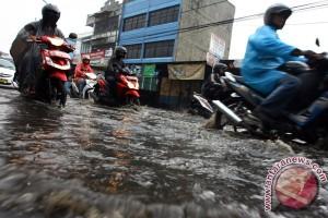 BMKG prediksi hujan merata di jabodetabek
