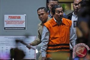 KPK geledah rumah mantan ketua DPRD Sumut