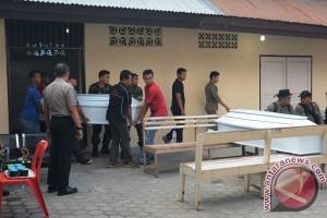 Empat tewas akibat truk Kostrad masuk jurang