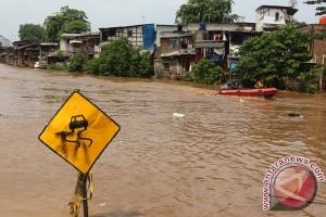 Masyarakat Jakarta diwanti-wanti waspada banjir januari