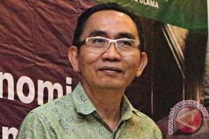 Adnan Pandu Praja bantah pernyataan Yulianis