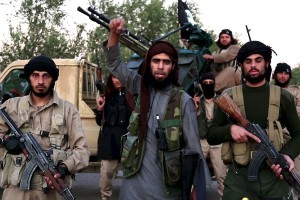 Diserang di utara, ISIS berpaling ke kota di Irak barat ini