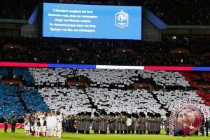 Inspirasi bola - Sepak bola vs Teror Paris
